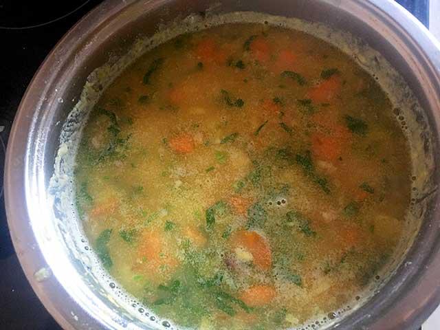 Заправленный гороховый суп