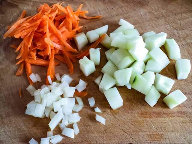 Лук, морковь